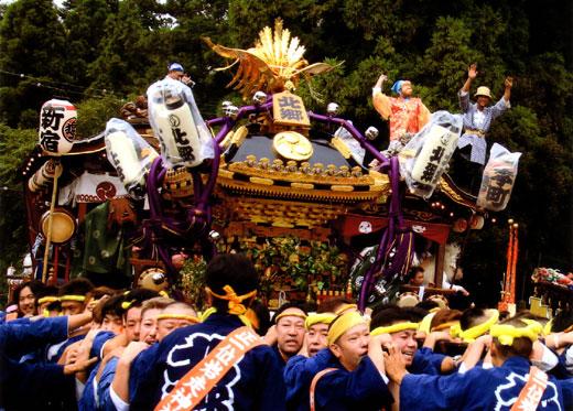 岩走神社大祭行列