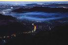 第16回 熟年部門賞(石川酒造賞) 幻霧漂う夜明の街並